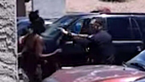 Phoenix police encounter