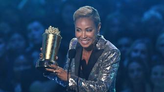 US actress Jada Pinkett Smith accepts the Trailblazer Award onstage during the 2019 MTV Movie & TV Awards at the Barker Hangar in Santa Monica on June 15, 2019. - The 2019 MTV Movie & TV Awards were filmed on June 15 and air on June 17. (Photo by VALERIE MACON / AFP)        (Photo credit should read VALERIE MACON/AFP/Getty Images)
