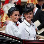Eleganti, impeccabili, reali: la gara di stile tra Kate e Letizia non ha una