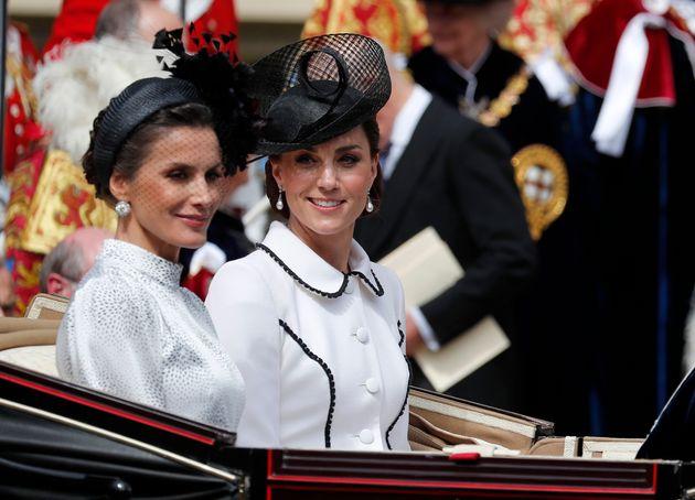 La gara di stile tra Kate Middleton e Letizia Ortiz non ha una