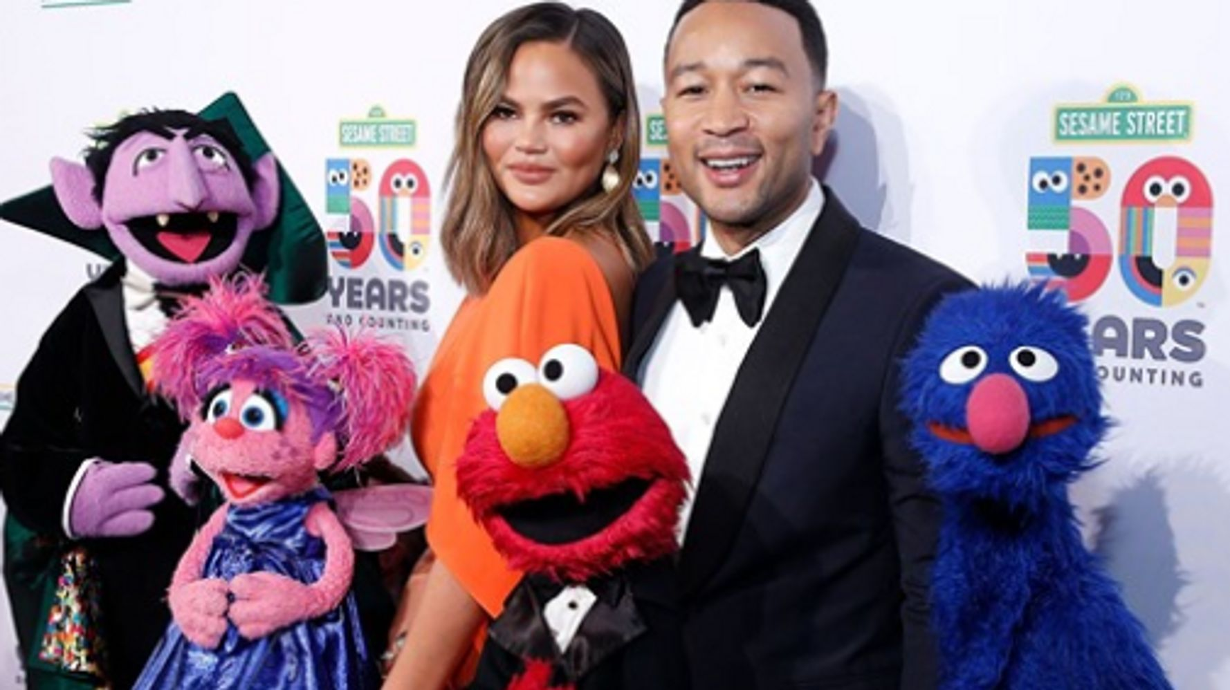 John Legend Says Luna Jams Out To Ariana Grande