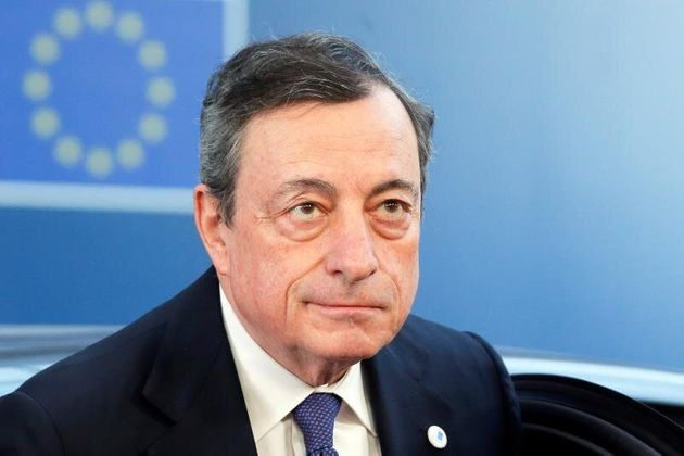 Draghi abre la puerta a nuevas medidas si no mejora la