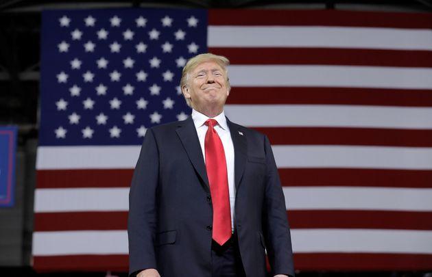 Donald Trump sonríe tras un acto republicano en Topeka, Kansas, el pasado 6 de
