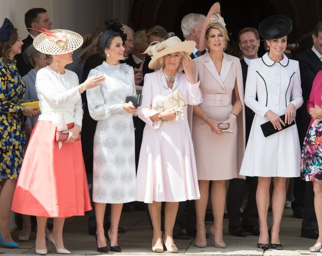 De gauche à droite : Sophie de Wessex, Letizia d'Espagne, Camilla, Maxima des Pays-Bas et Kate