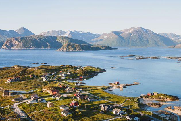 Essa pequena ilha da Noruega não quer mais se orientar por relógios. Entenda o