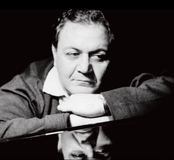 Ευρωπαϊκή Ημέρα Μουσικής: Ο Γιώργος Μονεμβασίτης θυμάται τον Μάνο