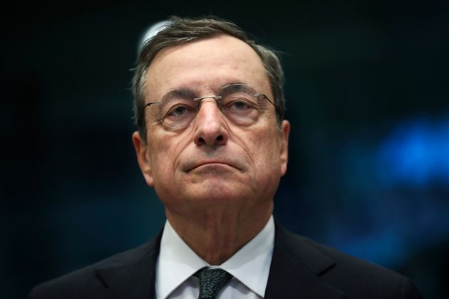 Ci aiuta sempre Draghi