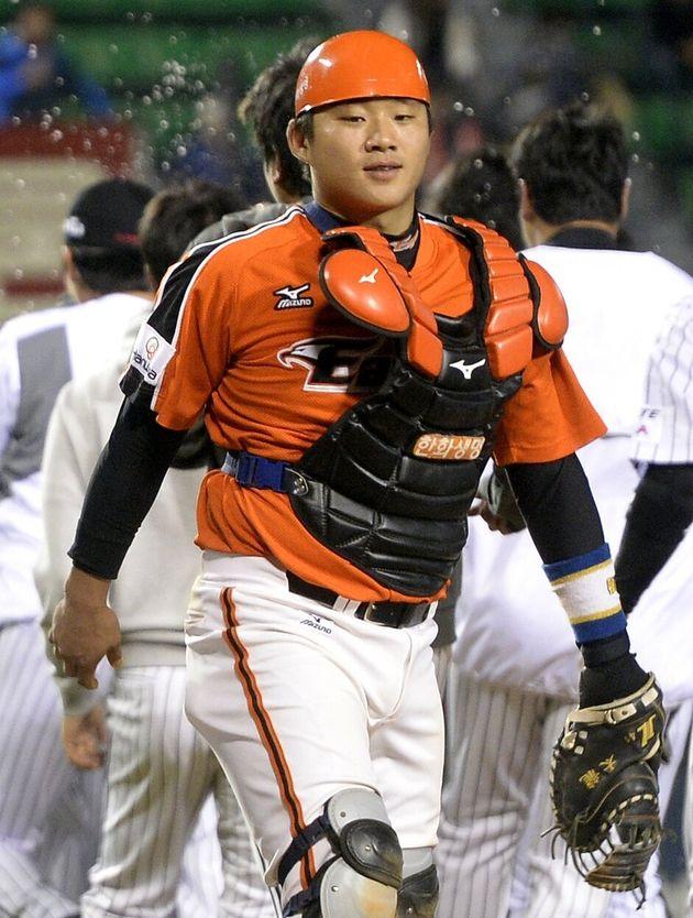 '지적장애 미성년자 성폭행' 전 야구선수 엄태용에 중형이