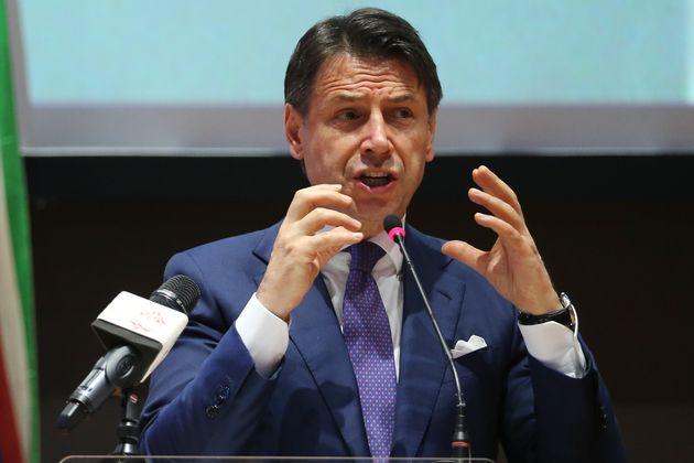 """Giuseppe Conte: """"Vogliamo un commissario economico di p"""
