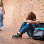 Se suicida un niño de 13 años tirándose por un acantilado en un posible caso de acoso