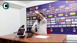 Sassari perde e Pozzecco perde le staffe: