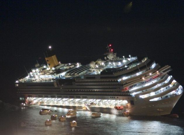 Costa Concordia: Dramatic New Pictures From The Night The Cruise Liner