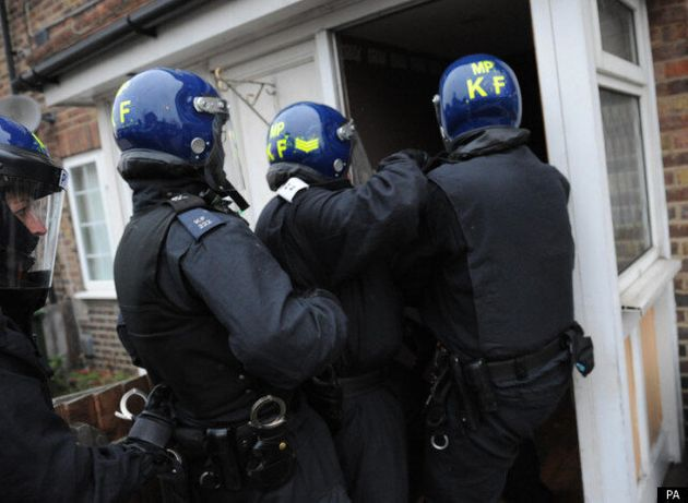 Gang Crime Crackdown In London Sees 121 Arrests, Heroin And Cocaine Seized