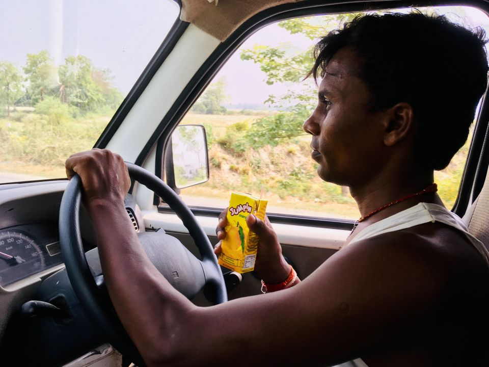 Ferrying The Dead: A Bihar Ambulance Driver On The Other Side Of The Encephalitis Crisis