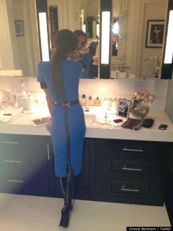 Victoria Beckham Stops Pal Eva Longoria Suffering From A Nip Slip On Girls' Night
