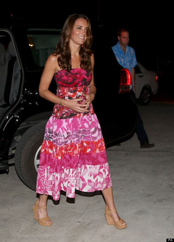 Kate Middleton Topless Pictures In Chi: 200 Photographs Of 'Naked' Duchess Exist, Berlusconi's Chi Magazine...