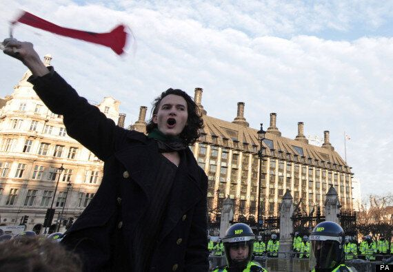 #Demo2012: Students Threaten To Break From 'Tame' NUS Protest And March On