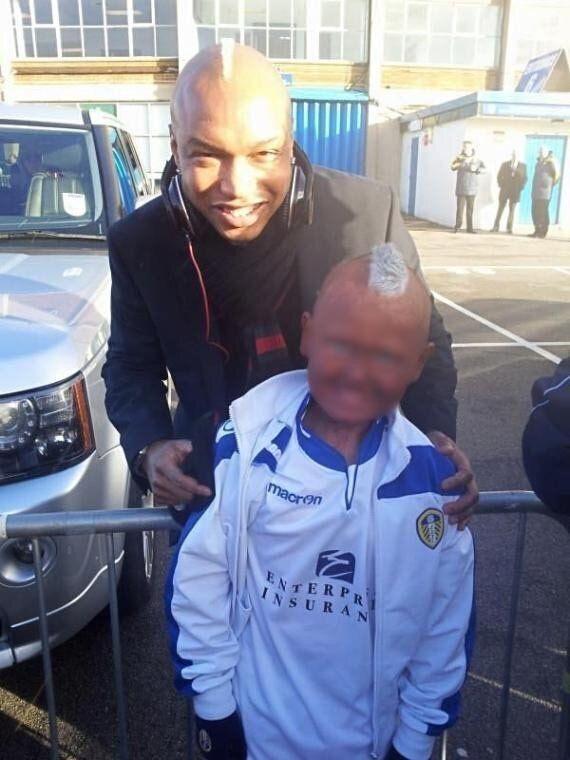 El-Hadji Diouf Poses With Blacked-Up Leeds Fan