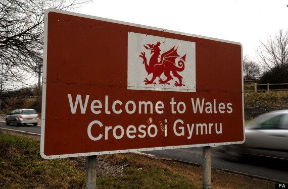 Welsh Universities Admits Students With Two E Grades, Provoking 'Dumbing Down'
