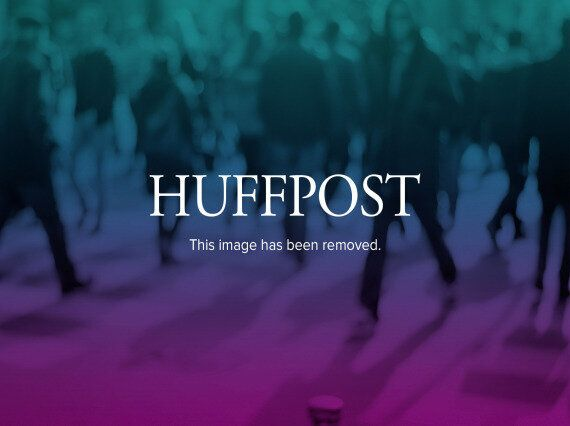 Oscar Pistorius Shot Girlfriend Through Bathroom Door, Court