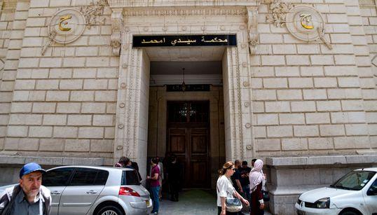 """Report du procès de Kamel Chikhi, dit """"El boucher"""", au 3"""