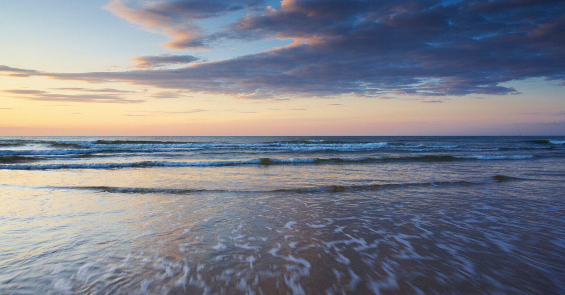 Award-Winning Holkham Beach In Norfolk Bans Nudists