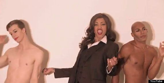 Robin Thicke 'Blurred Lines' Video Gets Sexy Boys Parody By Mod Carousel