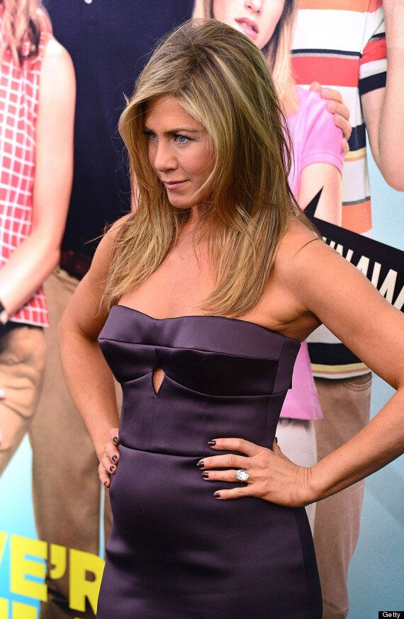 Jennifer Aniston Snapped In A Bikini On Holiday In Mexico With Justin Theroux And There's No Sign Of...