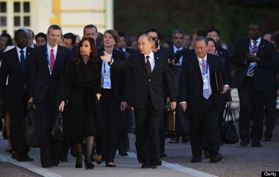 G20 Leaders Treated To Lavish Display At Peterhof Palace After Syria Talks