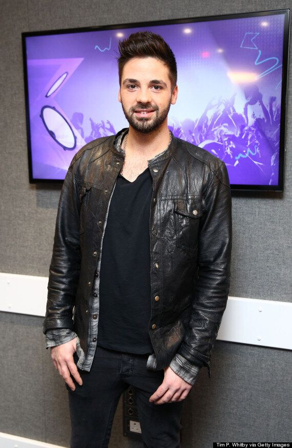 Christmas Number One: 'X Factor' Winner Ben Haenow Beats Mark Ronson And Bruno