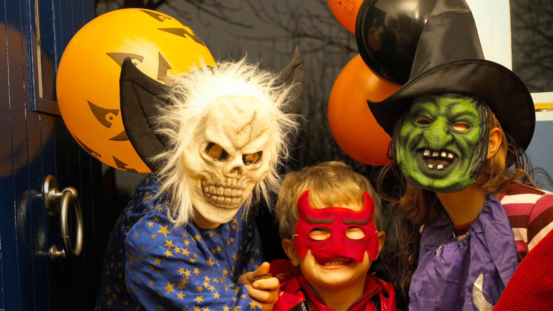 Halloween Trick Or Treating Etiquette: Parents Share Rules ...
