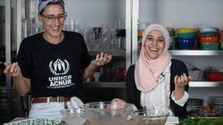 Refugiados ensinam receitas típicas em série que terá Paola