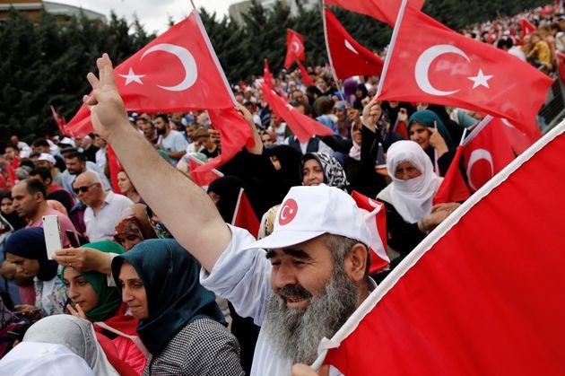 Ο Ερντογάν δεν κρατήθηκε: Επιστρέφει ο παλιός, καλός, προεκλογικός