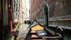 Βενετία: Δυο αδελφές «σπάνε» την παράδοση και κατασκευάζουν