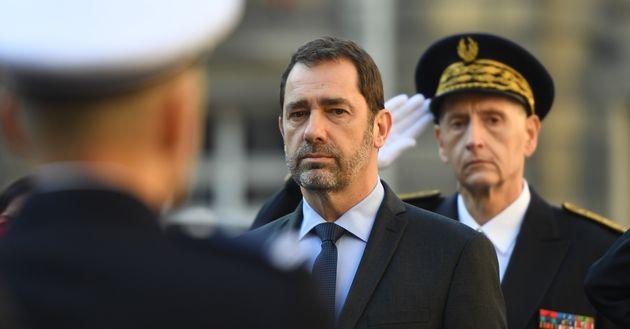 Sécurité à Paris: Christophe Castaner accusé de laisser exploser la