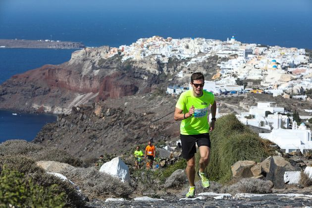 Τρέξε με θέα την Καλντέρα στο 5ο Santorini