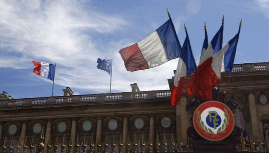 """Amendement de la loi électorale: """"Il n'appartient pas à la France de se prononcer sur ce vote souverain"""" affirme le Quai"""