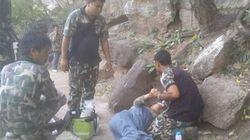 Σοκ στην Ταϊλάνδη: Εσπρωξε την έγκυο συζυγό του για να την