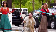 James Corden's Crosswalk 'Les Miserables' In Paris Is Revolutionary