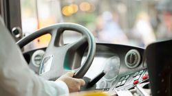 Un chauffeur d'autobus arrêté pour conduite avec les facultés