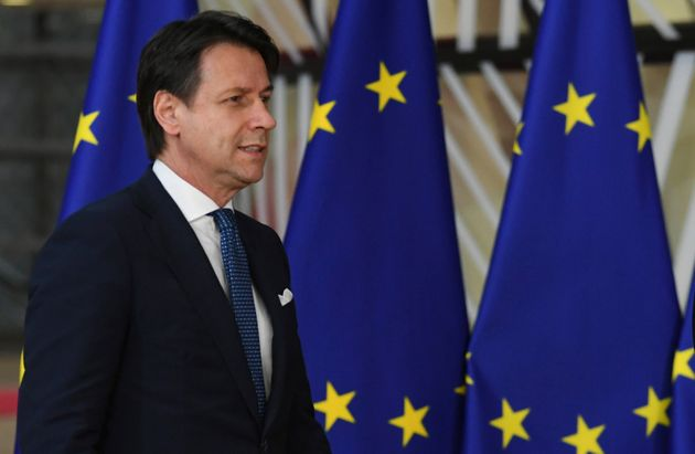 Giuseppe Conte arriva a Bruxelles e si