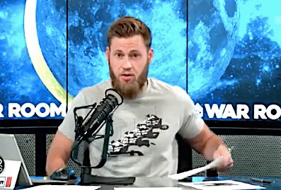 Infowars Host Calls Obama Treasonous, Adds: 'Find The Tallest Tree And A Rope'