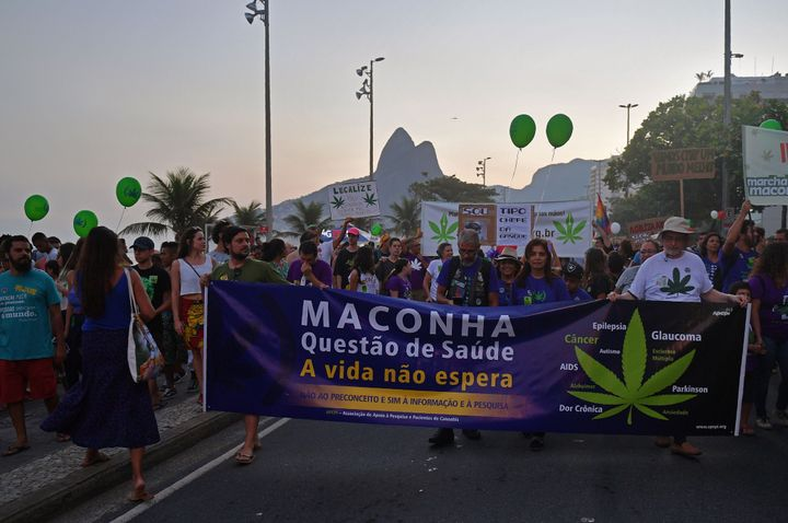 Pacientes participam da Marcha Mundial da Maconha, no Rio de Janeiro, em 2018.