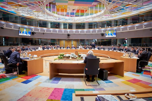 Σύνοδος Κορυφής: Με «στοχευμένα μέτρα» προειδοποιεί η ΕΕ την