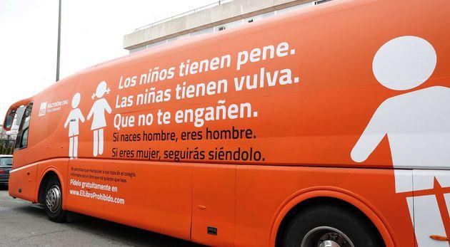 Una jueza de Barcelona dice que el bus de Hazte Oír no discrimina por identidad