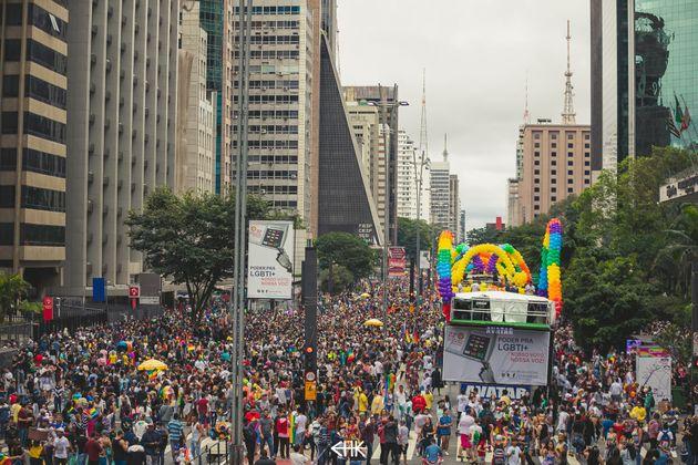 Parada LGBT levou cerca de 3 milhões de pessoas para a Avenida Paulista em