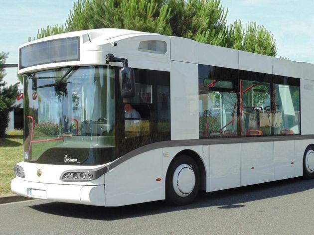 Le bus Safra Businova, qui assurera bientôt une ligne à Houdain, carbure à