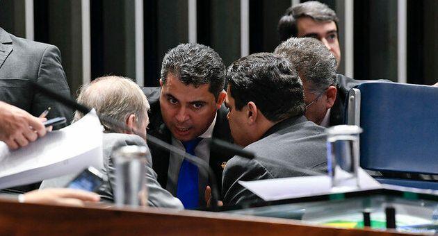 Correligionário do presidente do Senado, Davi Alcolumbre, senador Marcos Rogério quer derrubar...