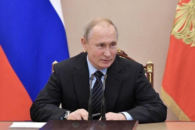 Putin prohibe los vuelos de pasajeros entre Rusia y