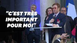 Depuis l'Élysée, Elton John appelle à la lutte contre le